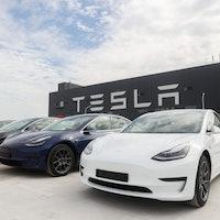 Musk Reads: Tesla updates the Model 3