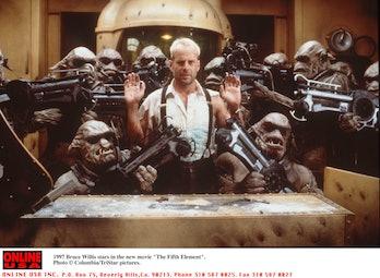 Bruce Willis stars