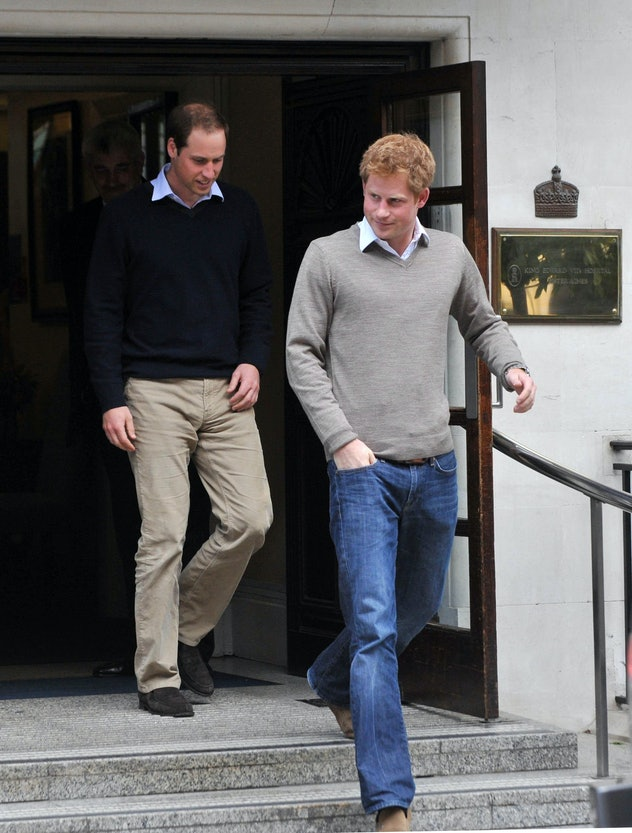 Prince Harry knows how to wear a sweater.