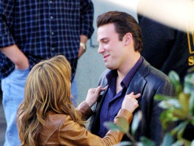 """Co-stars Jennifer Lopez and Ben Affleck prepare to film a scene on the set of """"Gigli"""" December 18, 2..."""