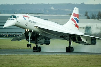 BRISTOL, ENGLAND - NOVEMBER 23: The last Concorde to ever fly, touches down as it lands at Filton ai...