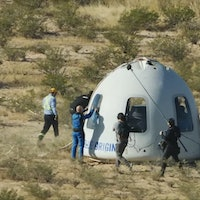 Blue Origin second human flight and more: Understand the world through 8 images