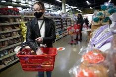 woman shopping at trader joe's