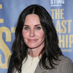 LOS ANGELES, CALIFORNIA - JANUARY 22:    Courteney Cox attends the The Last Ship Opening Night Perfo...