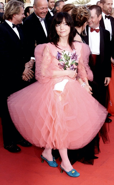"""CANNES - MAY 17: Icelandic pop star Bjork arrives at the premiere of her film """"Dancer In The Dark"""" a..."""
