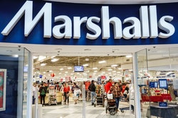 Fort Lauderdale, Marshalls Discount Department Store entrance. (Photo by: Jeffrey Greenberg/Educatio...