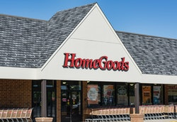 MOUNT LAURAL, NEW JERSEY, UNITED STATES - 2014/08/28: Home Goods furnishing store exterior. (Photo b...