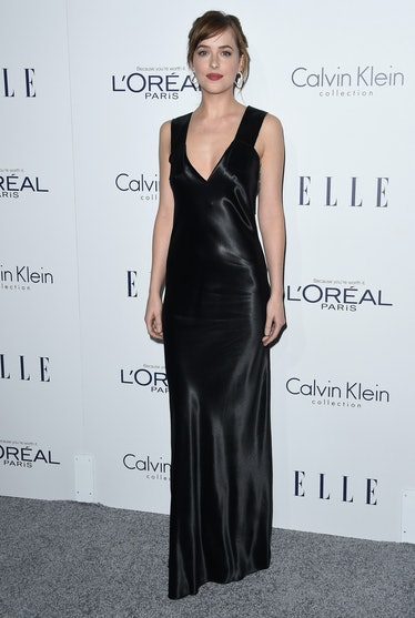LOS ANGELES, CA - OCTOBER 19:  Actress Dakota Johnson arrives at the 22nd Annual ELLE Women In Holly...