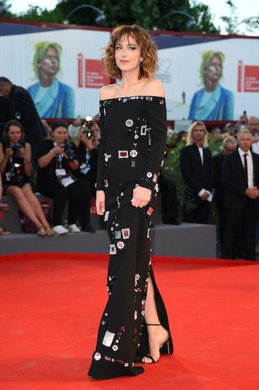 VENICE, ITALY - SEPTEMBER 06:  Actress Dakota Johnson attends a premiere for 'A Bigger Splash' durin...