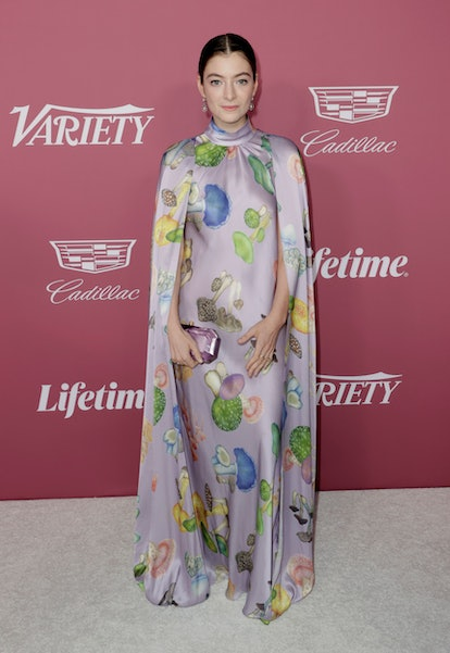 BEVERLY HILLS, CALIFORNIA - SEPTEMBER 30: Honoree Lorde attends Variety's Power Of Women at Wallis A...