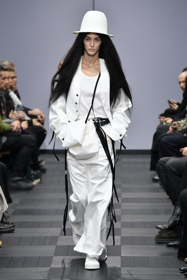 PARIS, FRANCE - OCTOBER 03: Vittoria Ceretti walks the runway during the Ann Demeulemeester Ready to...