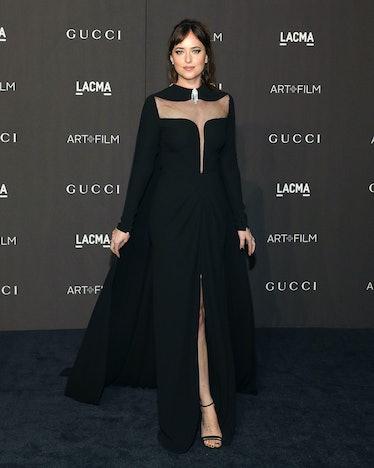 LOS ANGELES, CA - NOVEMBER 03:  Dakota Johnson attends the 2018 LACMA Art+Film Gala at LACMA on Nove...