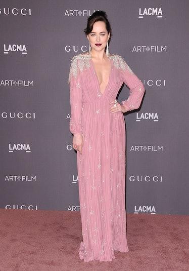 LOS ANGELES, CA - NOVEMBER 04:  Actress Dakota Johnson attends the 2017 LACMA Art + Film gala at LAC...