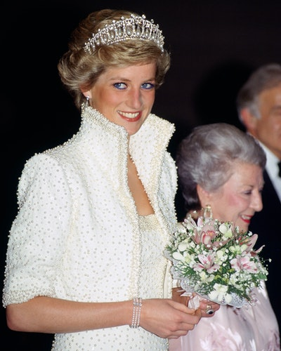 Princess Diana wears her three-stranded pearl bracelet.