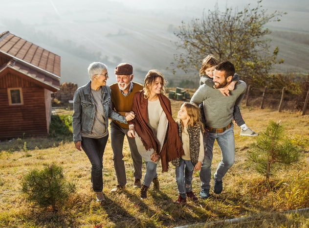 A brisk, fall setting is one idea for Thanksgiving family pictures.