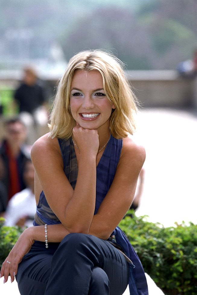 FRANCE - MAY 01:  Britney Spears in Paris, France in May, 2000.  (Photo by Pool BENAINOUS/SCORCELLET...