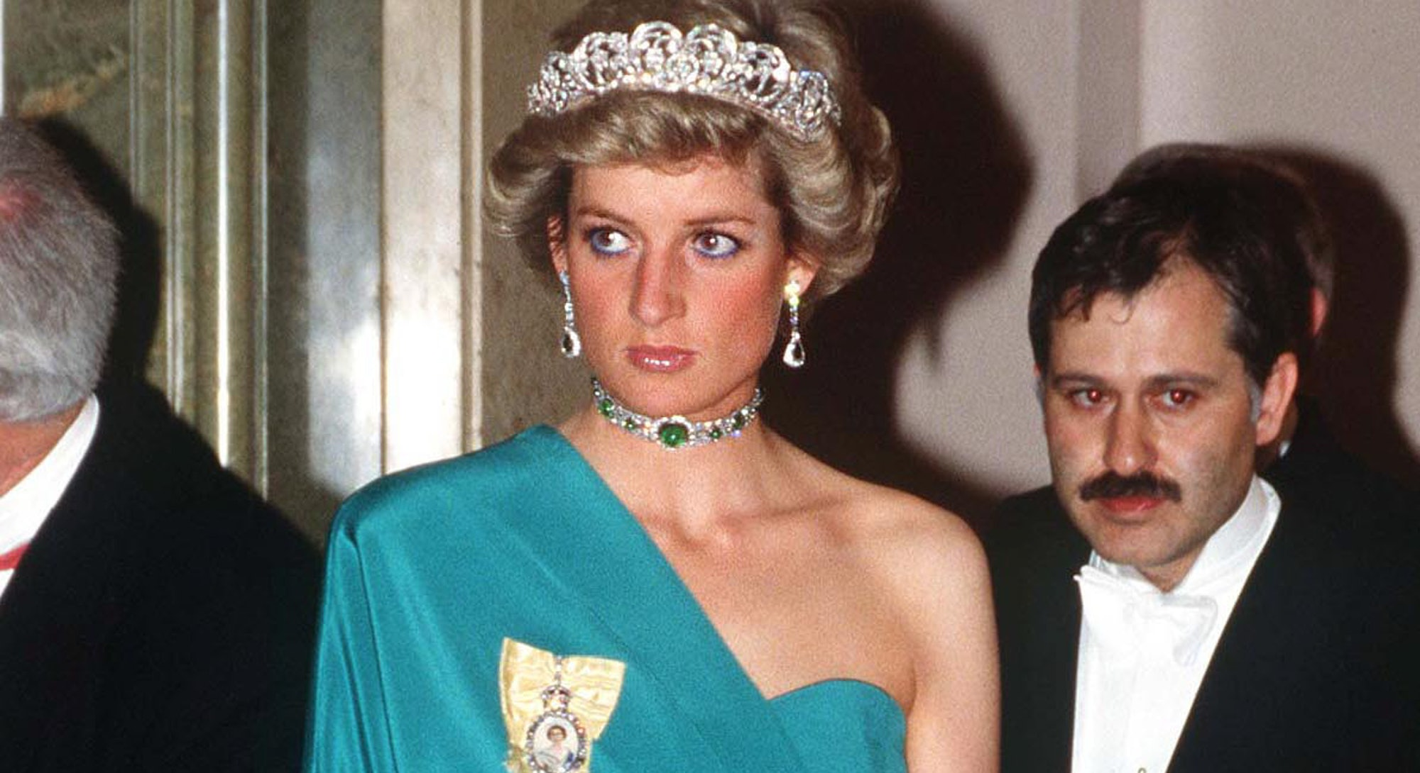 Here are 7 Princess Diana outfits that 'Diana: The Musical' recreated to perfection.