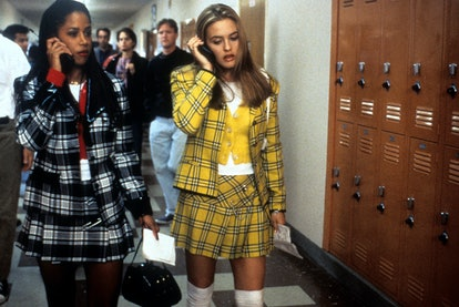 Looking for '90s costume ideas? Here are 3 '90s Halloween costumes to try, from 'Clueless' to Daria....