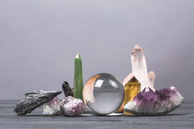 A crystals for beginners guide for gemstone newbies.