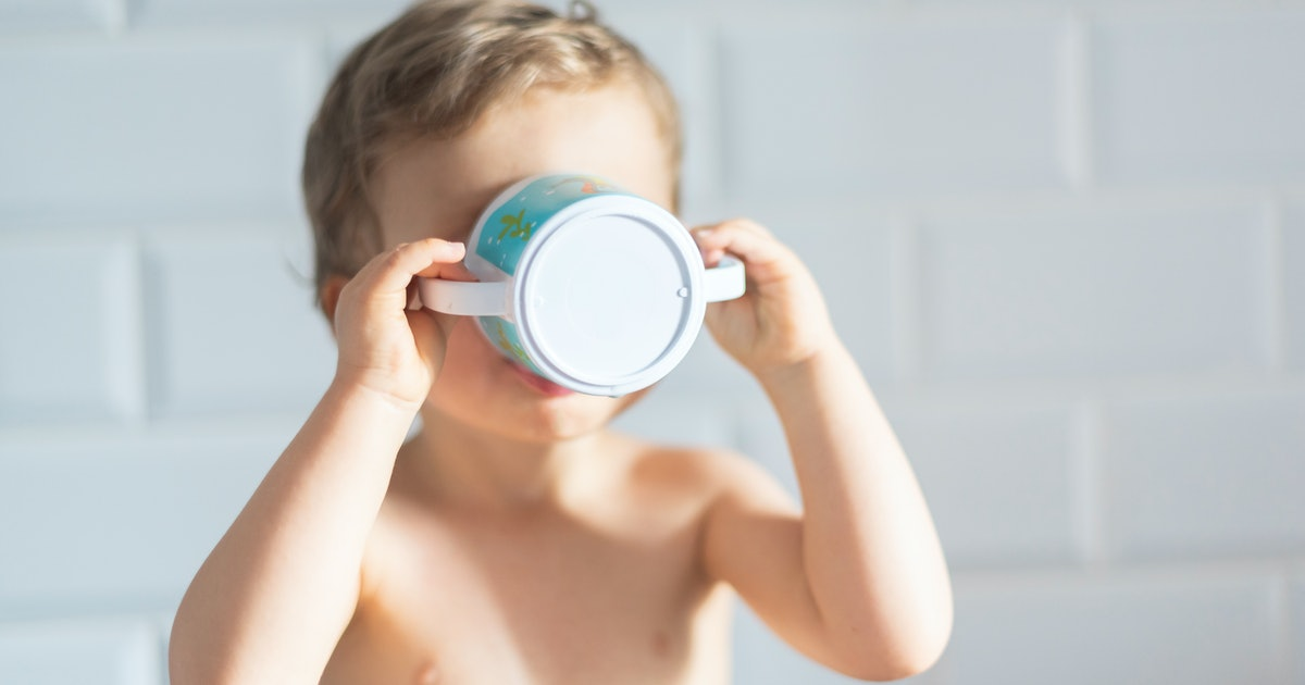 5 Signs Your Toddler Is Ready To Drink From An Open Cup