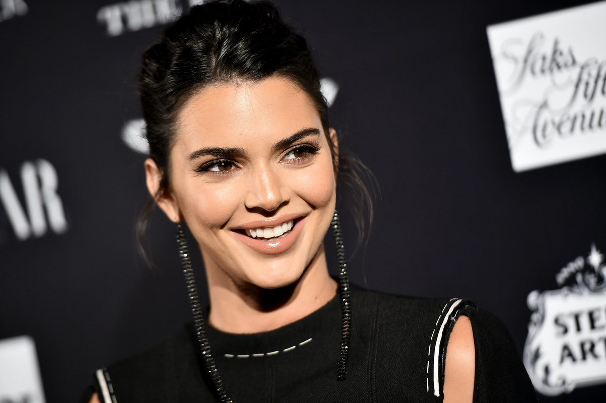 Kendall Jenner's tweet about her viral bikini Instagram photo is full of positivity.