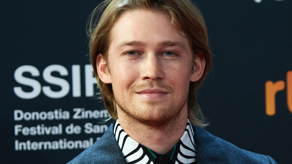 Joe Alwyn will star in Hulu's follow-up to 'Normal People,' called 'Conversations With Friends.'