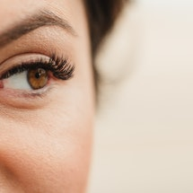 Here's everything you need to know about magnetic lashes.