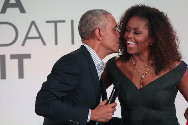 Barack Obama's Valentine's Day post to Michelle, Sasha, and Malia had a sweet message.