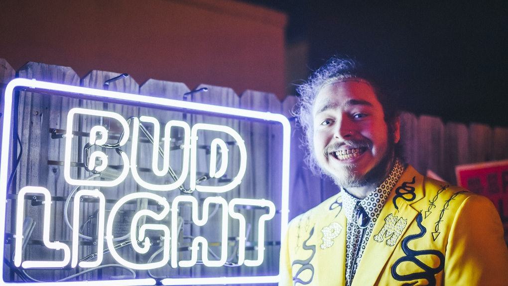 These tweets about Post Malone's hair in Bud Light's 2021 Super Bowl ad are here for his return.