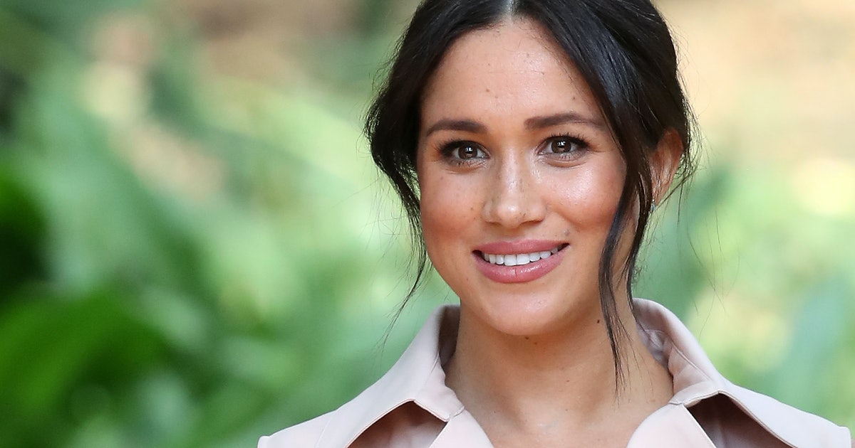 The Meaning Behind Meghan Markle's Lemon-Print Dress Could Be A Nod To Her Royal Exit