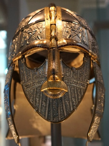 sutton hoo burial site find of a gold mask