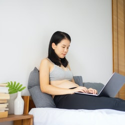 Women researching is she can still have sex if she has HPV