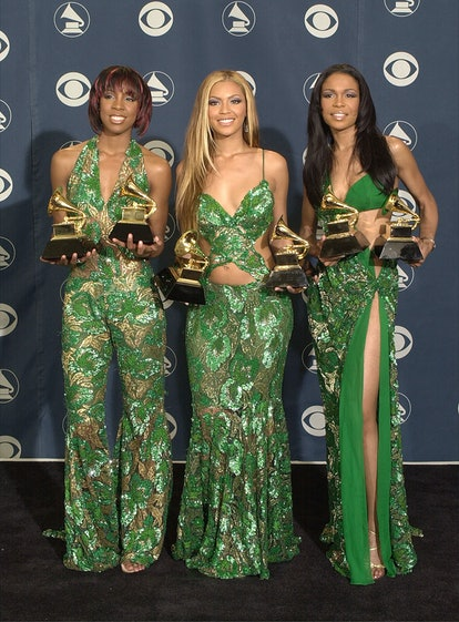 385806 18: Destiny's Child poses backstage with their awards at the 43rd annual Grammy Awards Februa...