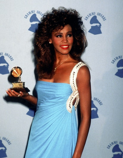 Singer Whitney Houston attends the 28th Annual Grammy Awards on February 25, 1986 at Shrine Auditorium in Los Angeles, California. (Photo by Ron Galella, Ltd./Ron Galella Collection via Getty Images)