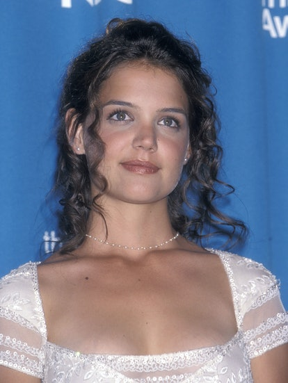 LOS ANGELES - SEPTEMBER 13:   Actress Katie Holmes attends the 50th Annual Primetime Emmy Awards on September 13, 1998 at the Shrine Auditorium in Los Angeles, California. (Photo by Ron Galella, Ltd./Ron Galella Collection via Getty Images)