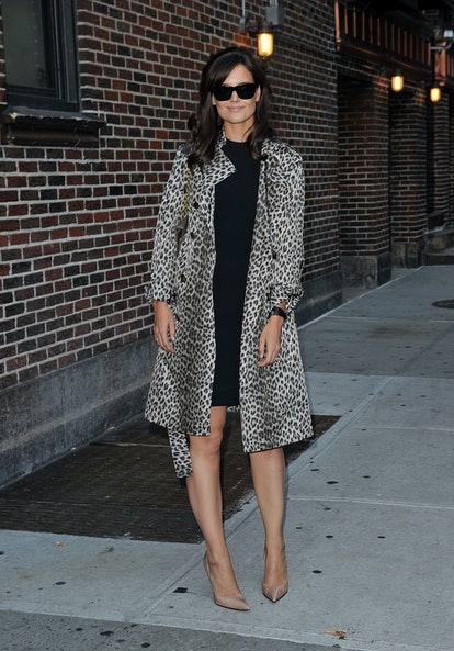 """NEW YORK - SEPTEMBER 07:  Katie Holmes visits """"Late Show With David Letterman"""" at the Ed Sullivan Theater on September 7, 2010 in New York City.  (Photo by James Devaney/WireImage)"""