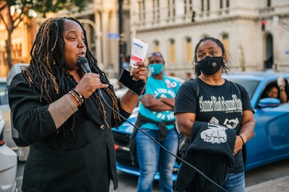 LOUISVILLE, KY - SEPTEMBER 21: Community Activist Shameka Parrish-Wright speaks during a meeting at Jefferson Square park on September 21, 2020 in Louisville, Kentucky. Demonstrators gathered to prepare for possible unrest in wake of the Grand Jury decision regarding the officers involved in the killing of Breonna Taylor,. Taylor was fatally shot by Louisville Metro Police officers during a no-knock warrant at her apartment on March 13, 2020 in Louisville, Kentucky. Demonstrators have occupied the park for 118 days. (Photo by Brandon Bell/Getty Images)
