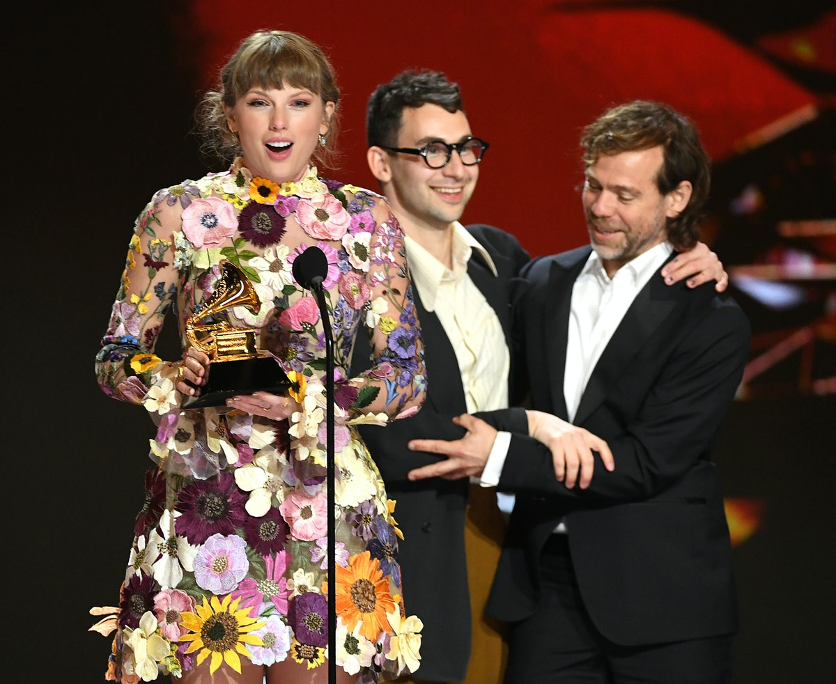 LOS ANGELES, CALIFORNIA - MARCH 14: (L-R) Taylor Swift, Jack Antonoff, and Aaron Dessner accept the ...