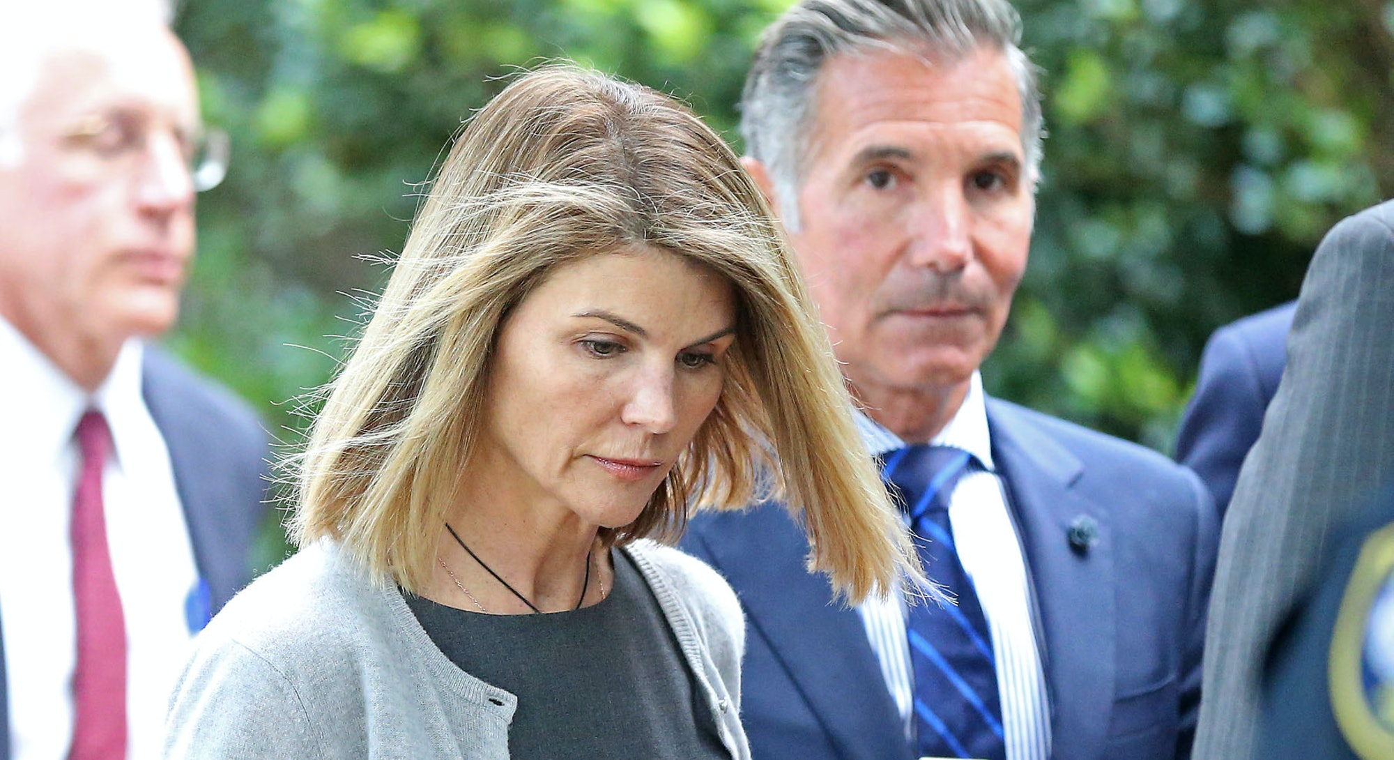 BOSTON MA. - AUGUST 27:  Actress Lori Loughlin and her husband Mossimo Giannulli leave Moakley Federal Courthouse after a brief hearing  on August 27, 2019 in Boston, MA.   (Staff Photo By Stuart Cahill/MediaNews Group/Boston Herald)  ( Photo by Stuart Cahill/MediaNews Group/Boston Herald via Getty Images)