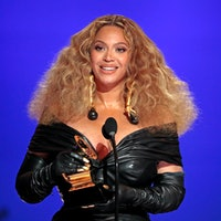 Beyonce makes History with the Best E&B Performance winning 28 Grammys, more that any female or male...
