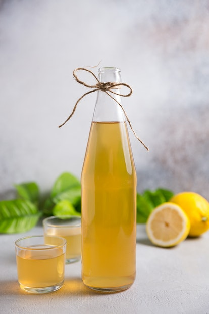 Homemade kombucha tea. Homemade fermented raw kombucha tea. Healthy natural probiotic drink.