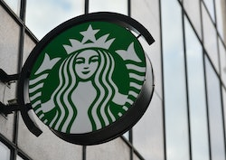 15 Starbucks' Secret Menu Refreshers & Iced Drinks That You Need To Try