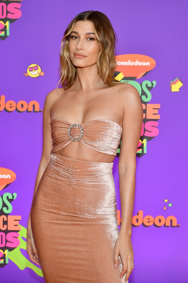 Hailey Bieber attends Nickelodeon's Kids' Choice Awards at Barker Hangar on March 13, 2021 in Santa Monica, California. (Photo by Amy Sussman/KCA2021/Getty Images for Nickelodeon)