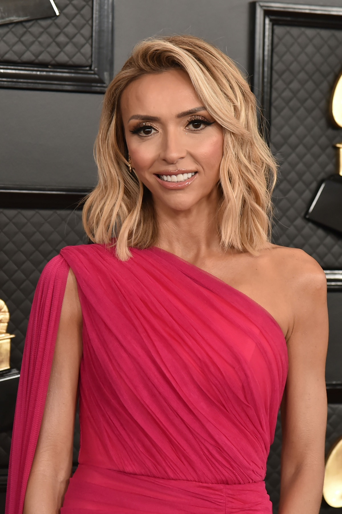 LOS ANGELES, CA - JANUARY 26: Giuliana Rancic attends the 62nd Annual Grammy Awards at Staples Cente...
