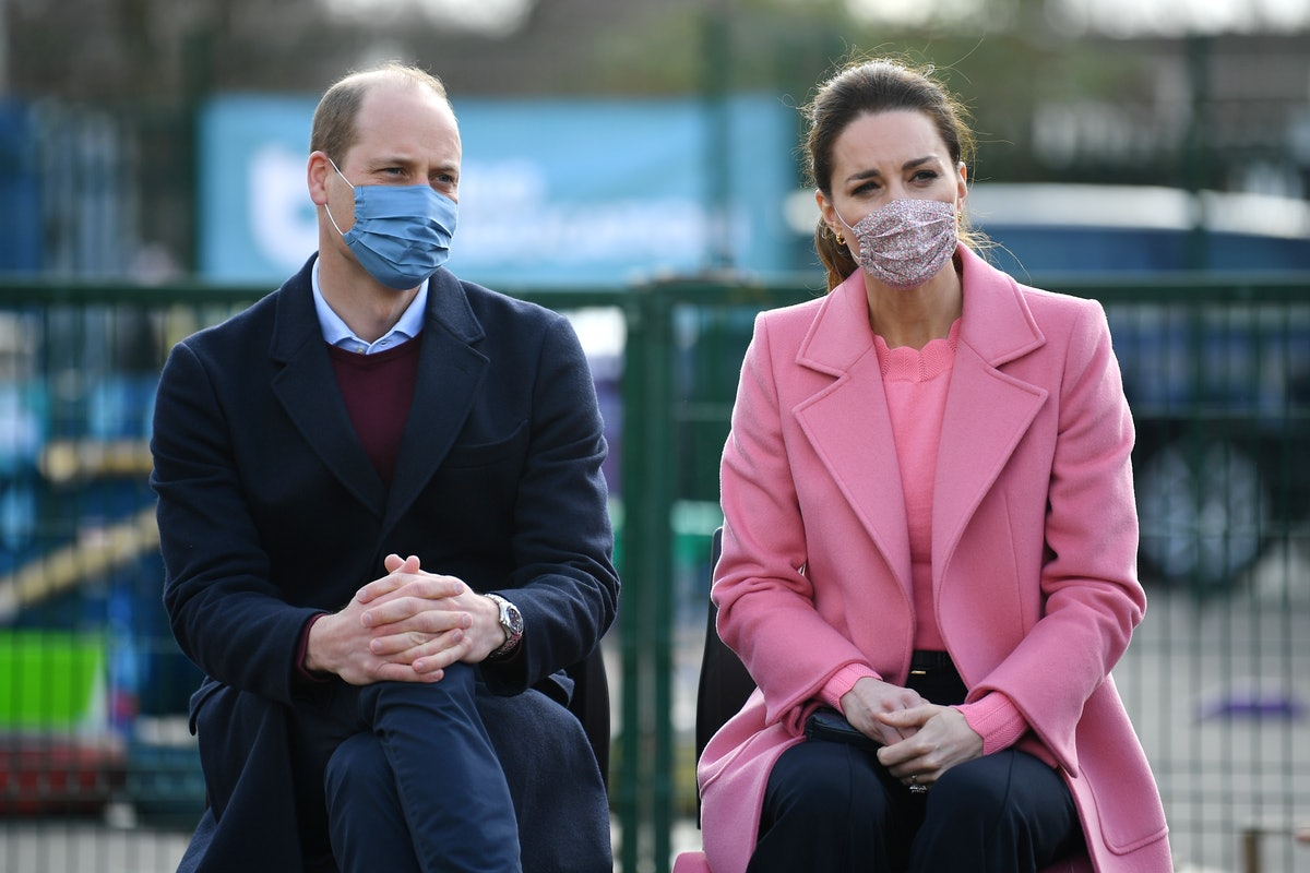 LONDON, ENGLAND - MARCH 11: Prince William, Duke of Cambridge and Catherine, Duchess of Cambridge attend a discussion with teachers and mental health professionals during a visit to School 21 in Stratford on March 11, 2021 in London, England. The Duke and Duchess of Cambridge visited the school in east London to congratulate teachers involved in the re-opening of the school following lockdown restrictions. (Photo by Justin Tallis - WPA Pool/Getty Images)