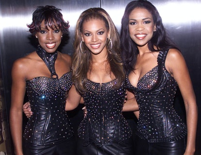 "NEW YORK - SEPTEMBER 7: American pop group ""Destiny's Child"" attend the MTV Music Video Awards held at Radio City Music Hall on September 7, 2000 in New York. (Photo by Dave Hogan/Getty Images)"