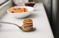 How To Make TikTok's Pancake-Covered Bananas Recipe