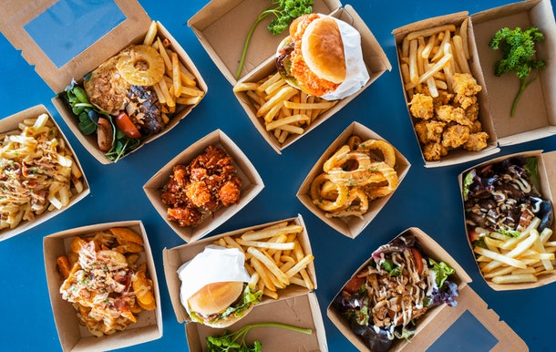 Uber Eats' March Madness 2021 BOGO deals feature major discounts on favorite spots.