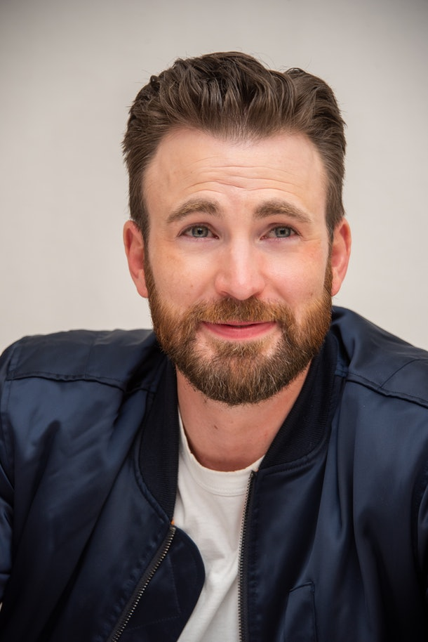 """BEVERLY HILLS, CALIFORNIA - NOVEMBER 15: Chris Evans at the """"Knives Out"""" Press Conference at the Four Seasons Hotel on November 15, 2019 in Beverly Hills, California. (Photo by Vera Anderson/WireImage)"""
