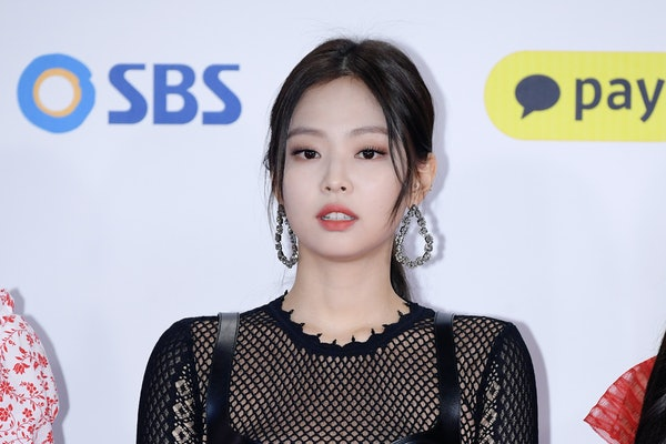 SEOUL, SOUTH KOREA - DECEMBER 25: Jennie of BLACKPINK attends the 2018 SBS Gayo Daejeon 'Battle of the Bands' at Gocheok Sky Dome on December 25, 2018 in Seoul, South Korea. (Photo by THE FACT/Imazins via Getty Images)